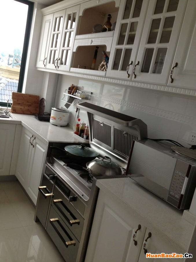 集成灶与橱柜搭配效果如何 说说小厨房里的大变身高清图片