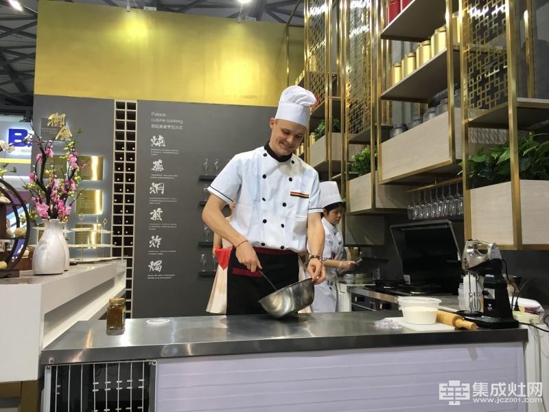 """2017上海厨卫展 集成灶行业大牌云集等您来""""探"""""""