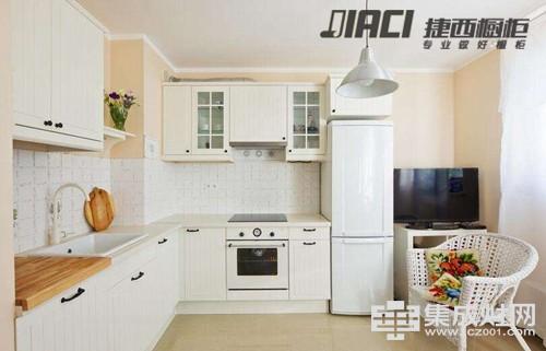 正确安装厨房挡水条 保持厨房干爽美观