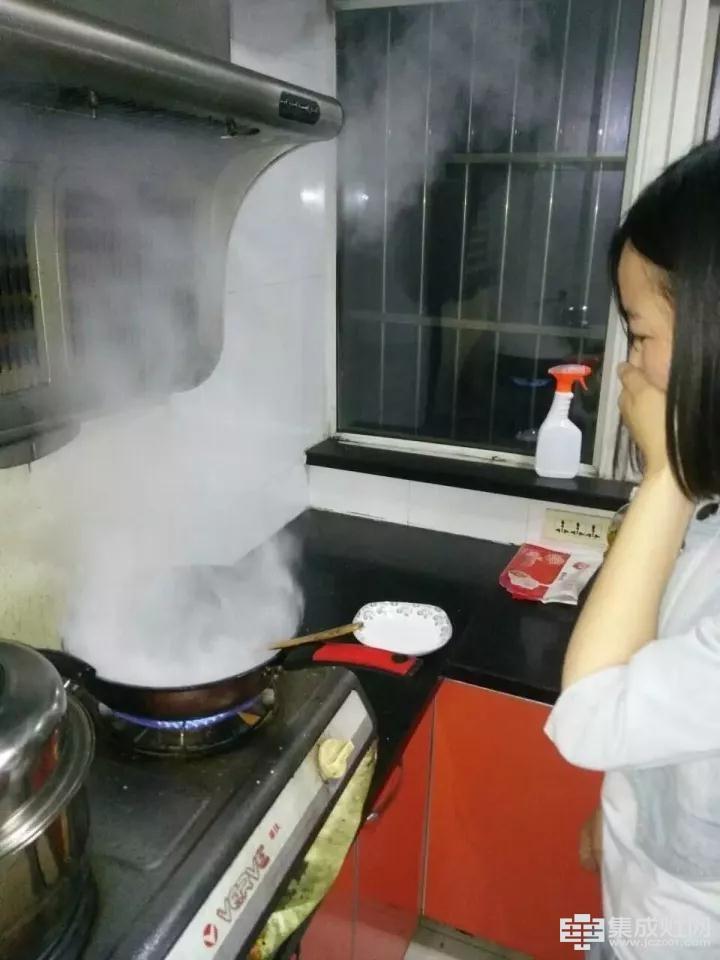健康生活体验 尚品分体式集成灶厨房新魔方