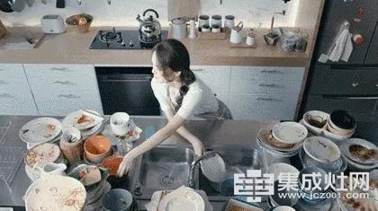 """荣事达品冠集成灶:厨房江湖血雨腥风 三大""""难""""神被TA解决"""
