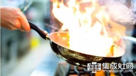欧板集成灶:5招教你解决厨房的油烟味