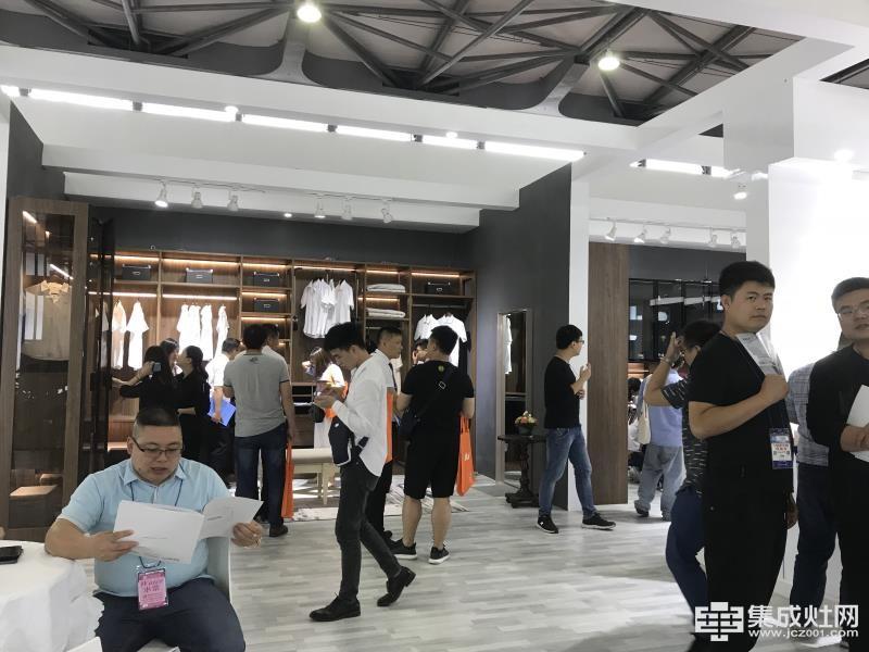 上海厨卫展完美收官:优格集成灶初心不忘 稳步中谋大发展