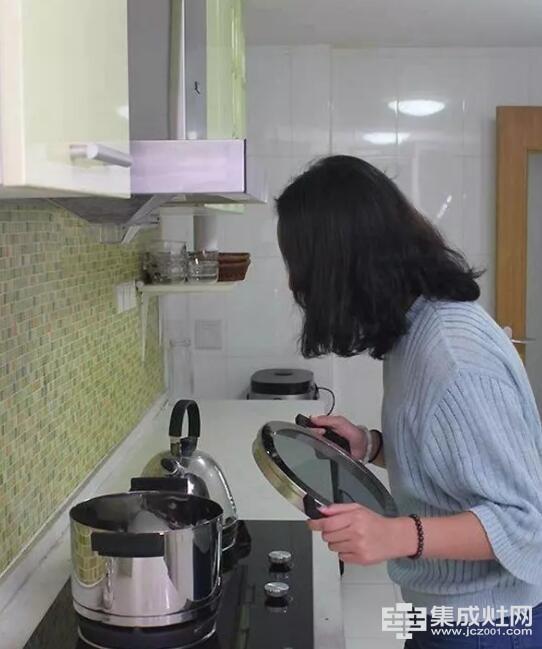欧家集成灶:喜欢开放式厨房却不敢装 那是你没有用集成灶