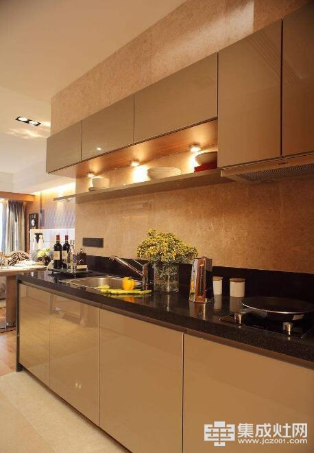 掌握橱柜清洁小妙招 厨房卫生妥妥的