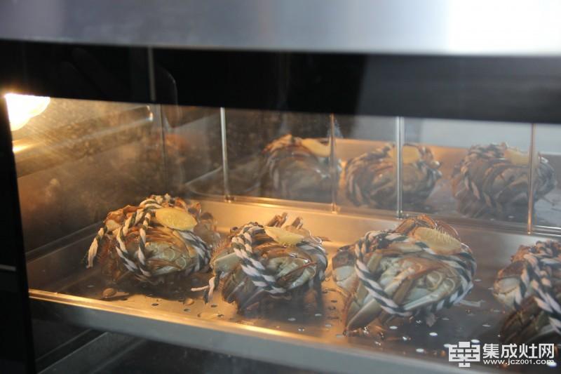 欧琳集成灶:好食脂厚膏肥 吃蟹正当时