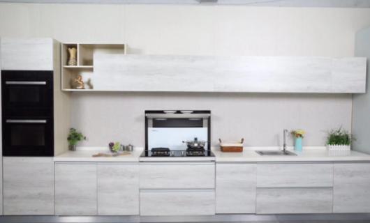 这种 西施 厨房  是卡梦帝分体式集成灶 妆 出来的