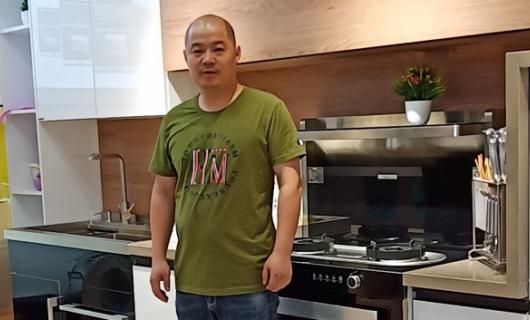 经销商采访浦江张登:佳歌集成灶给了我重新站起来的决心和勇气