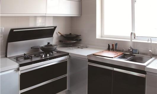 Nice 用了集成灶 小户型厨房也有救了