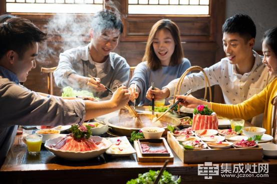 【亿田集成灶】寒风瑟瑟,我想要一台集成灶,炖汤烤肉煮火锅.106