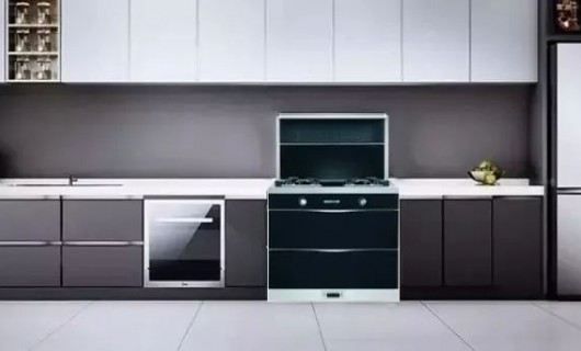 攻略篇 沃普集成灶拯救2平米空间 让老厨房焕然一新
