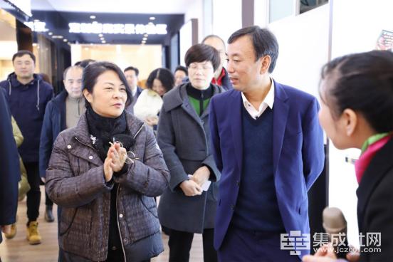 浙江省政协副主席吴晶一行调研亿田智能厨电383